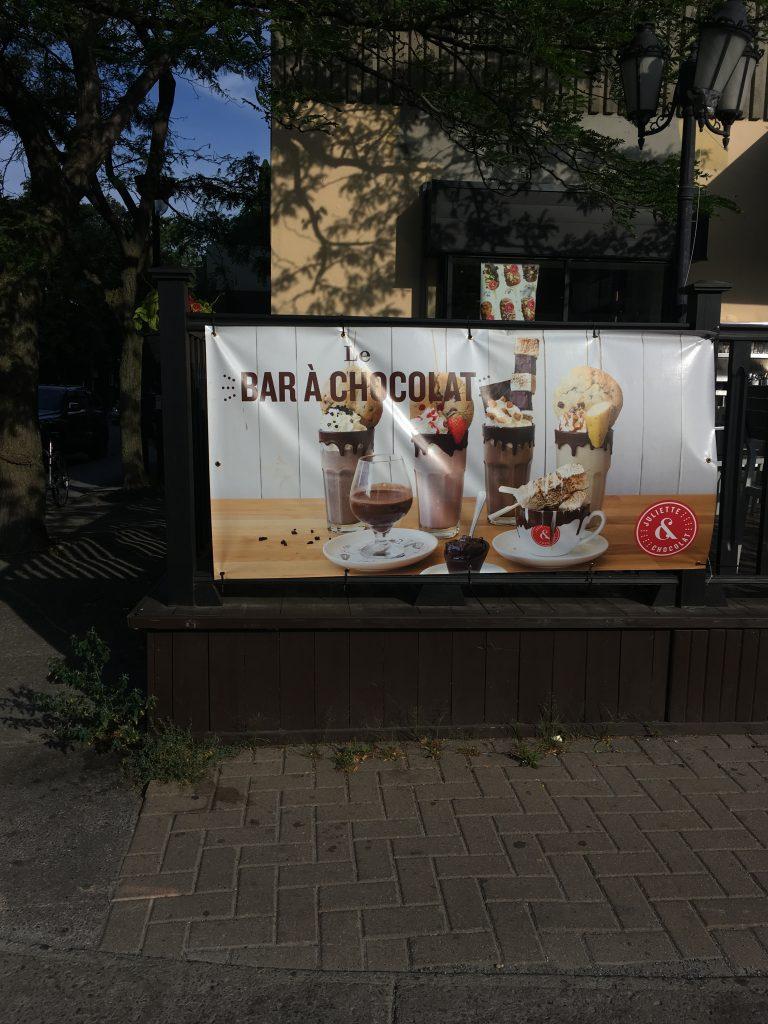 Naissance Photos»L'oreille «bar Tendue Du À xWCoQdBre