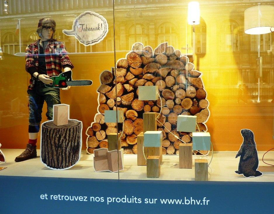 BHV, Paris, vitrine
