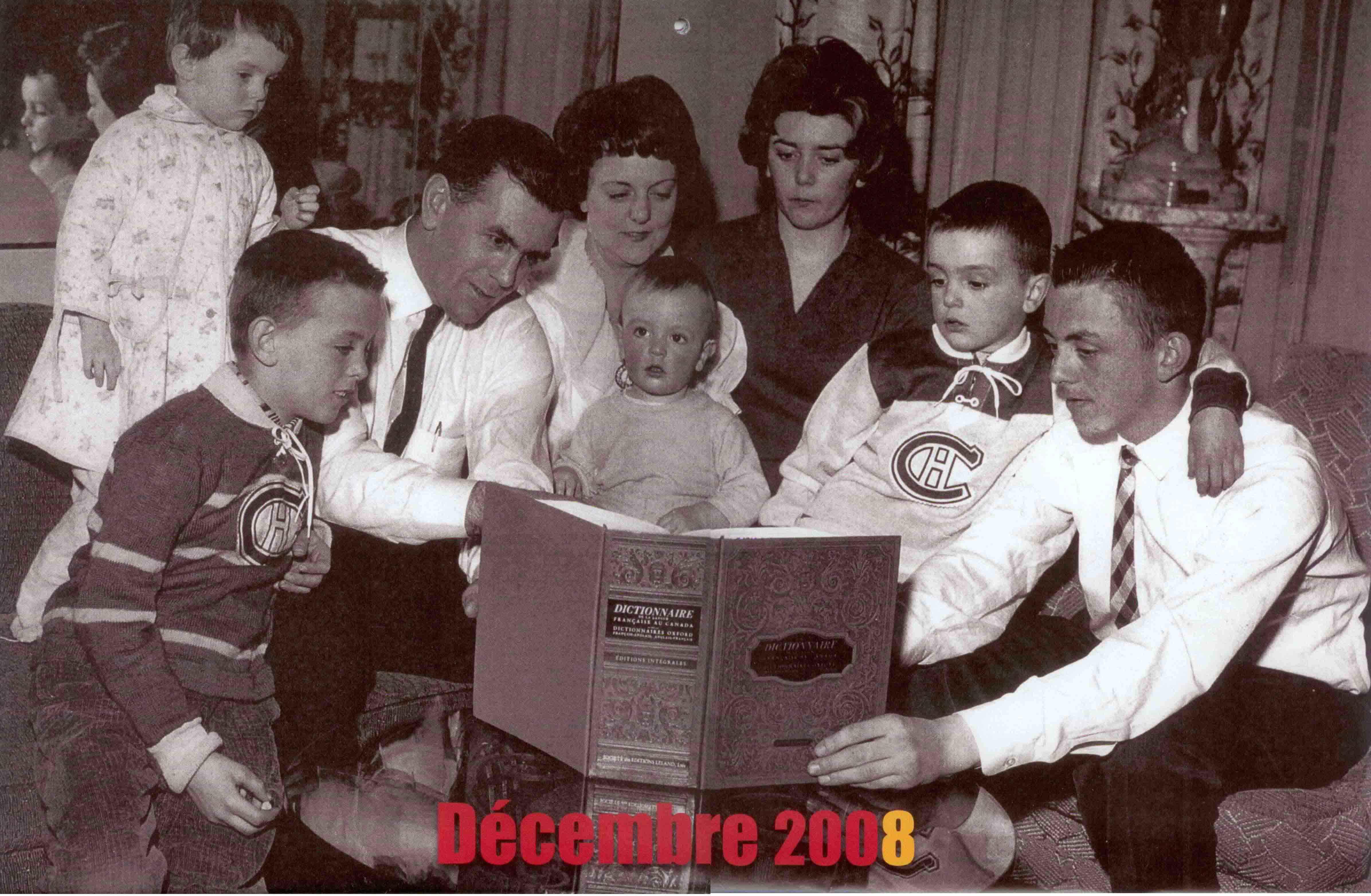 Lecture du dictionnaire en famille chez Maurice Richard