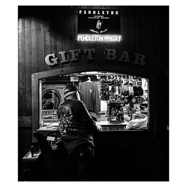 Bar à cadeaux / Gift Bar