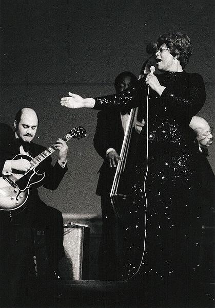Ella Fitzgerald en 1974, avec Joe Pass