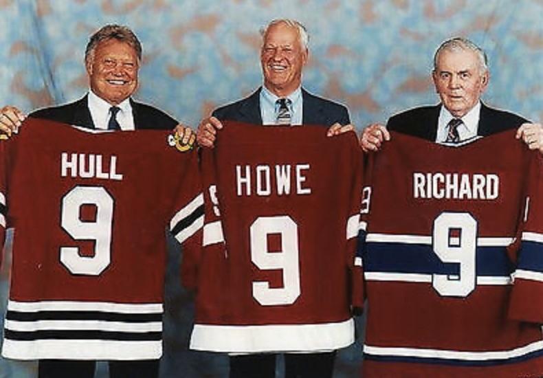 Le 9 : Bobby Hull, Gordie Howe, Maurice Richard