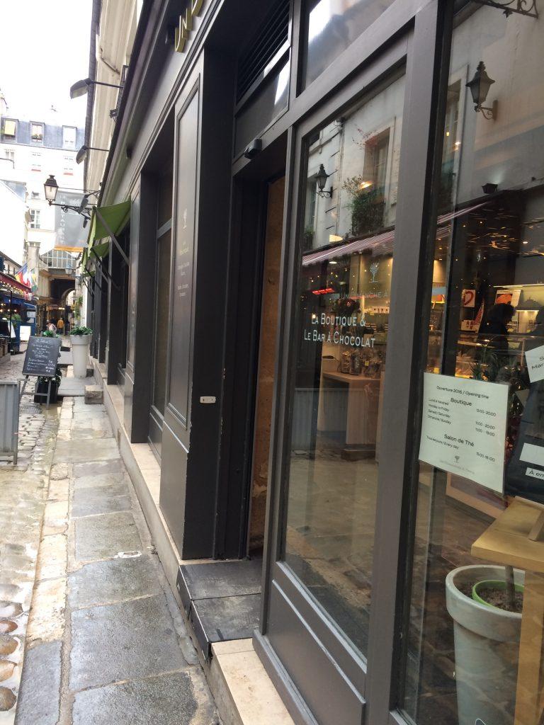 Bar à chocolat, cours du Commerce Saint-André, Paris, novembre 2016