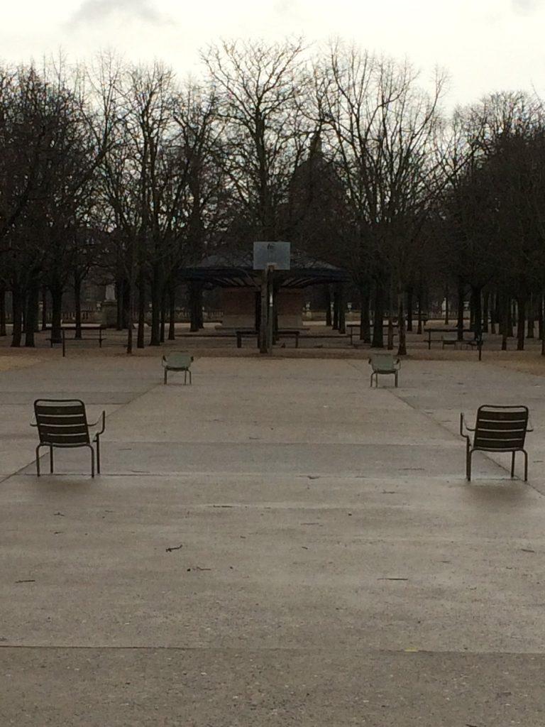 Martine Sonnet, Quatre chaises, Paris, janvier 2018