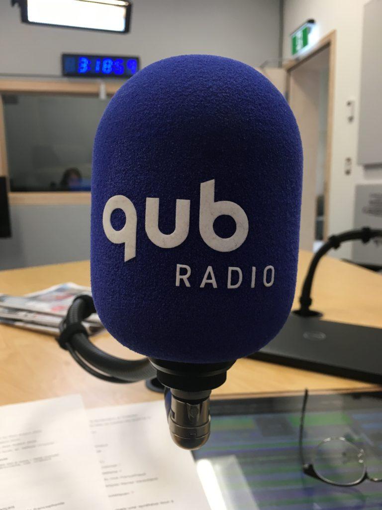 Microphone bleu de Qub radio